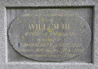 Gedenksteen in het Dok van Perry, onthuld 24 augustus 1837. Foto: Ron van Maane