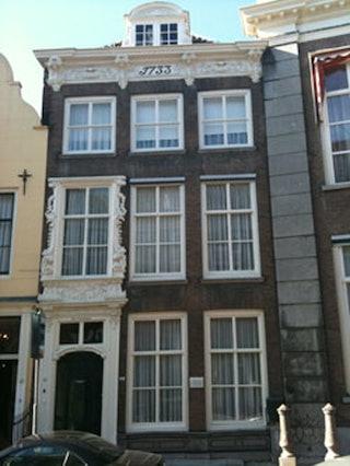 Het huis De Pyramide in de Lange Noordstraat - foto ZA